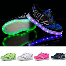2017 new spring children's sneakers fashion Luminous Lighted Colorful led lights Children's Shoes Casual Flat shoes boy girl