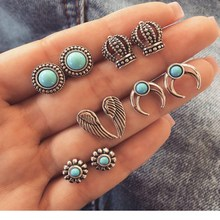 2019 new hot retro earrings crown feather flower round decorative fashion earrings pair of female perforated jewelry party gifts цены
