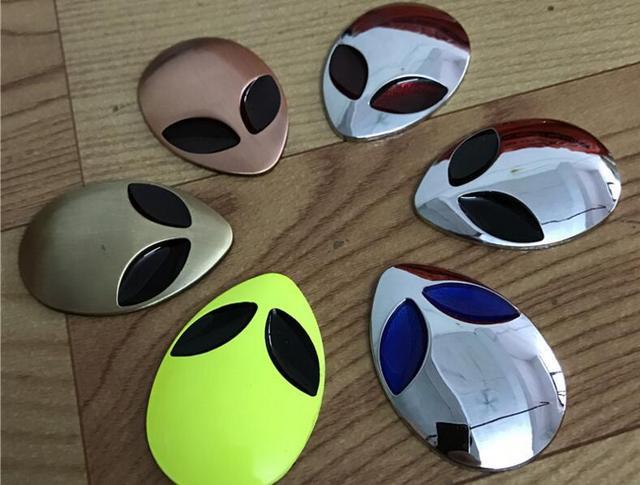 500pcs personalized chrome metal fifth element ufo car stickers decorations alien et car fender exterior decals