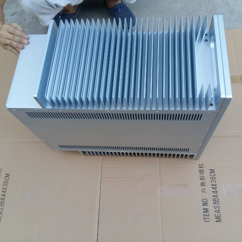 QUEENWAY 4825 All aluminum sand blasting Chassis case box 480mm*250mm*568mm 480*250*568mm