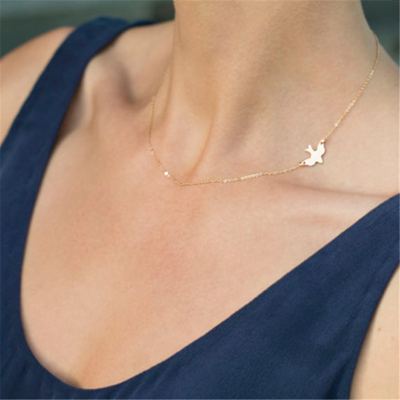 Sale Simple Style Golden Bird Necklace Clavicle Chains Charm Womens Fashion Jewelry Peace Dove Pendant