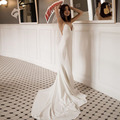 2019 Simple Wedding Dresses V-Neck Spaghetti Straps Sleeveless White Ivory Cheap Wedding Gown Backless Boho Beach Bridal Dress