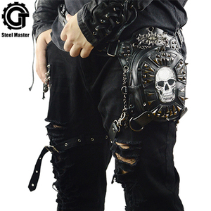 Image 1 - Gothic Steampunk Schedel Tas Nieuwe Vrouwen Messenger Bag Leer Klinknagel Taille Been Tassen Fashion Retro Rock Motorfiets Beenzak Voor mannen