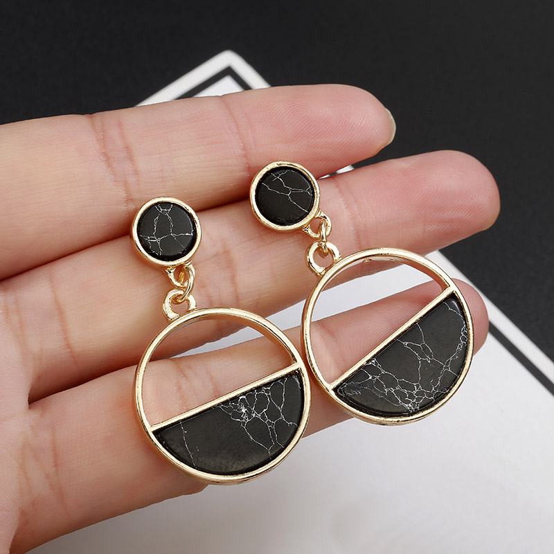 2020 New Fashion Stud Earrings Black White Stone Geometric Earrings Round Triangle Design Punk Ear Jewelry Brincos(China)