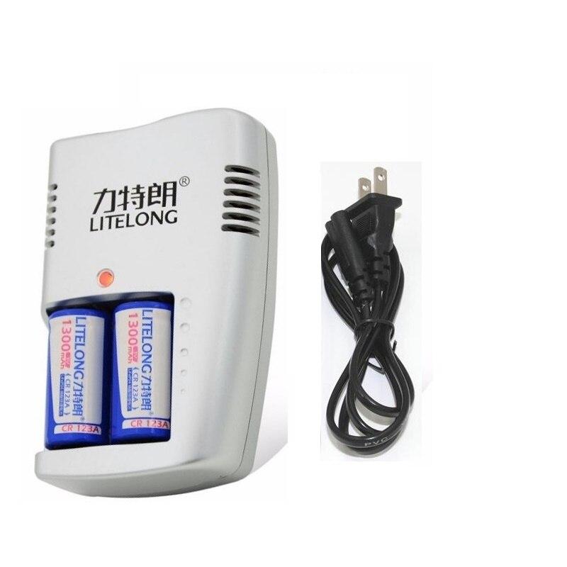 1300 mAh CR123A LiFePo4 Rechargeable Batterie + 2 Emplacements Intelligente Chargeur Intelligent pour 3 V CR 123A Batterie