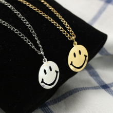 ZCHLGR Bohomian Smiley face Necklace Women Round Pendant Necklace For Women Metal Gold Color Sequins Jewelry rhinestone metal round gemini pendant necklace