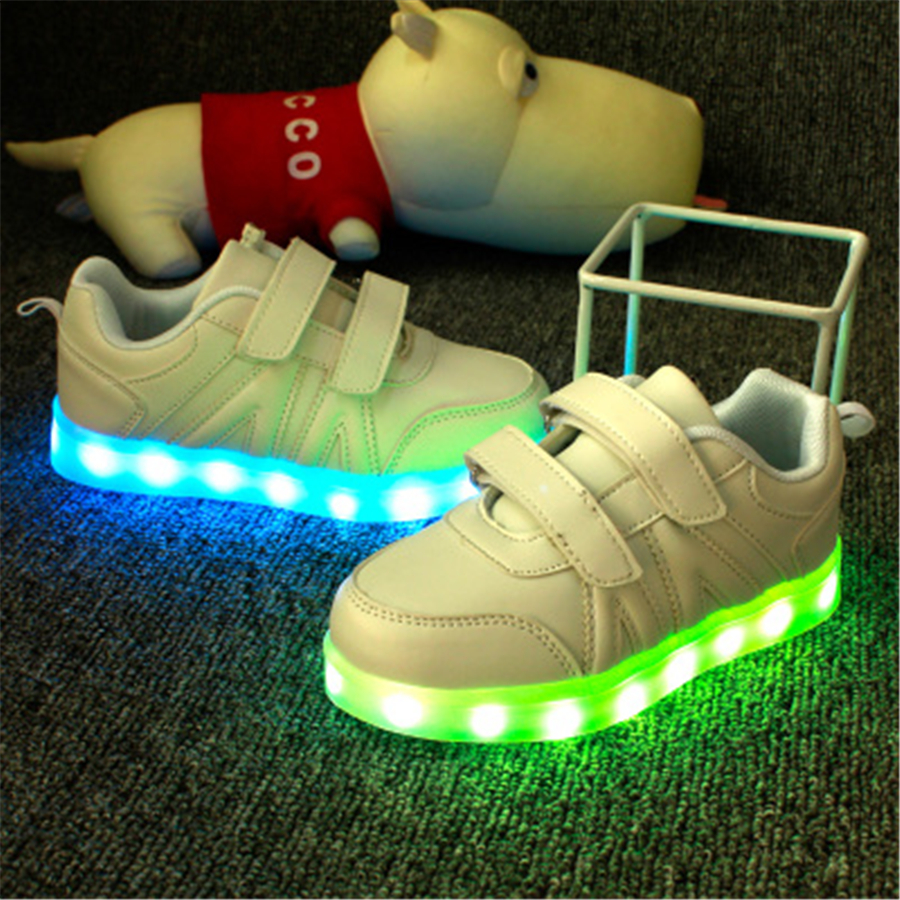 2017 Kids Casual Shoes Light Leather Shoes Girl Kids Shoes White Luminous Sneakers Kids Sneakers Charging Luminous 50Z0020 слипоны keddo keddo ke037agqbe18