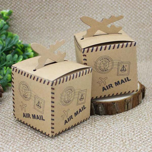 100pcs/lot 6*6*6cm air mail 6*6*6cm Kraft Paper Candy Boxes Baby Shower Candy Boxes Wedding Favors Present Gifts Box