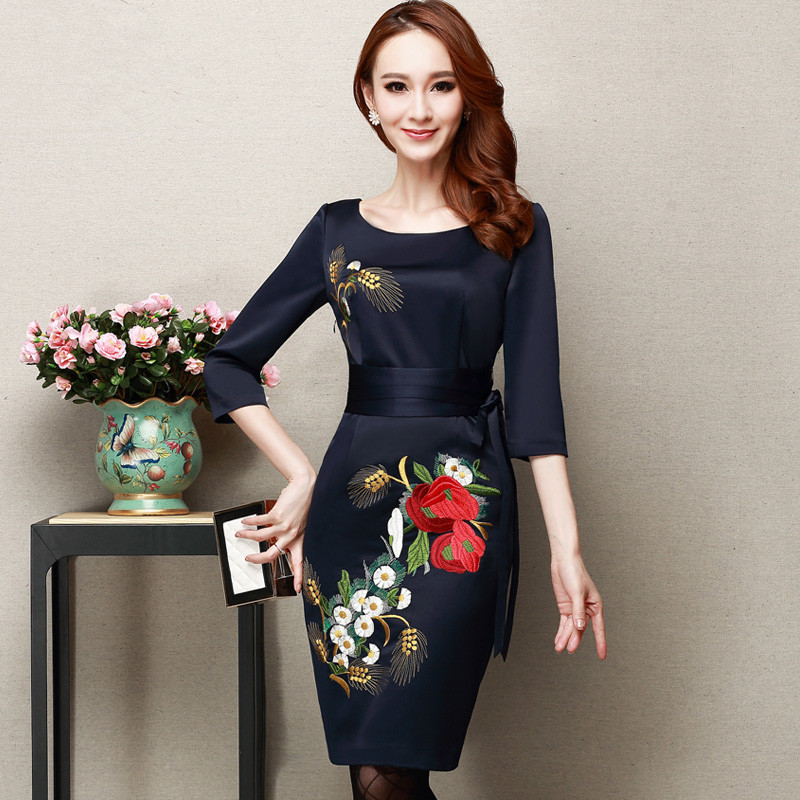 Women Spring Plus Size Embroidery Dress Noble Half Sleeve Slim Dress Autumn Hedging O-neck Silk Slim Dresses