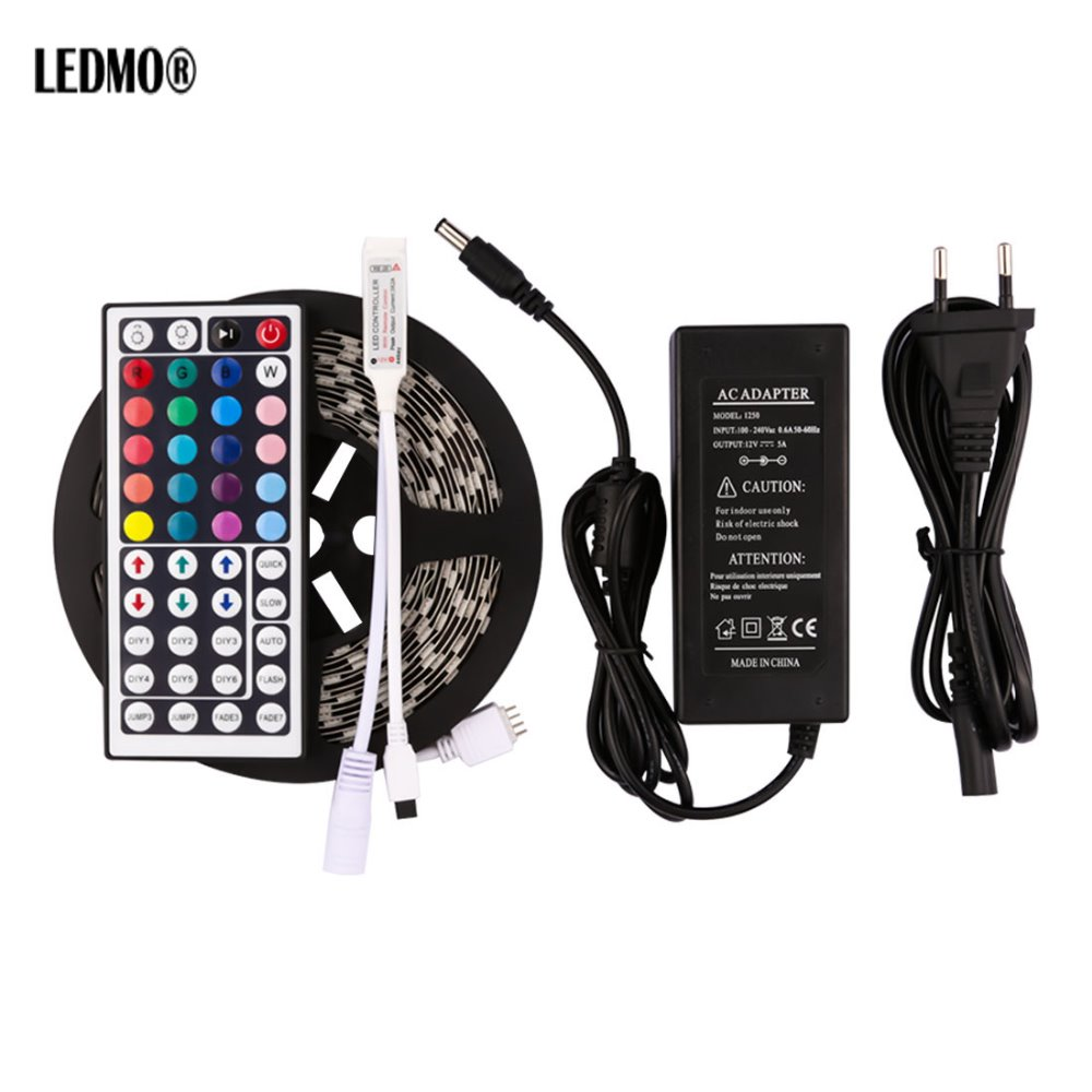 5050 LED lentes gaismas komplekts RGB 5M / partijas tālvadības elastīgs krāsu maiņas 12v LED virves apgaismojums ar 5A jaudas IR44 kontrolieri