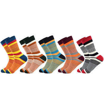 Καλοκαιρινά ζευγάρια κάλτσες σε τρελλά χρώματα