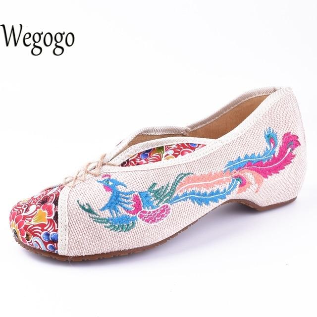 Wegogo Vintage Canvas Flats Shoes Phoenix Embroidered Shoes Comfortable Beijing Style Dance Ballerina Singles Ballet Flats