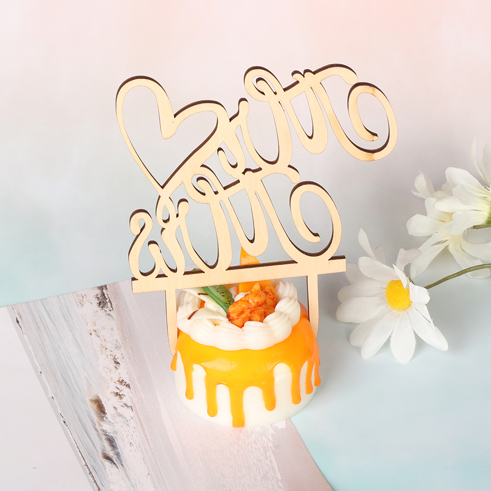 Cut Vintage Wood Cake Topper Bride and Groom Wedding Supplies Cake Decorations