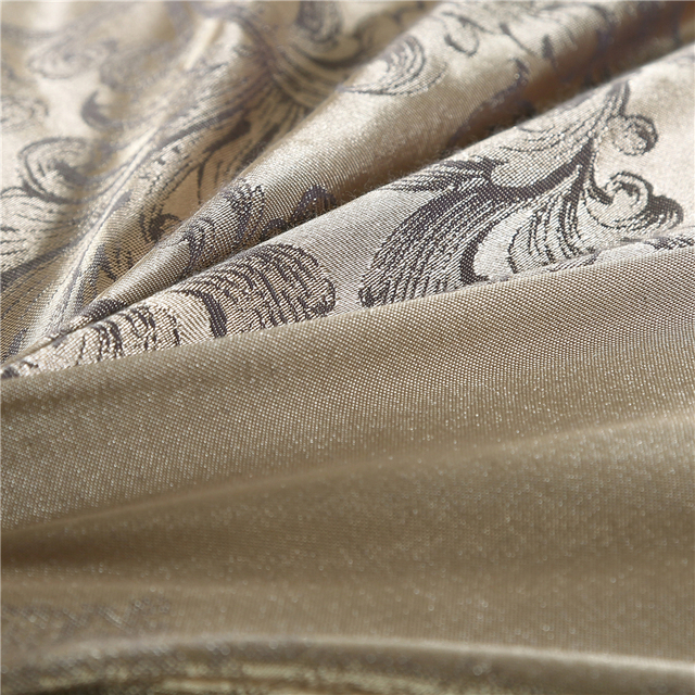Luxury Jacquard Bedding Set 4