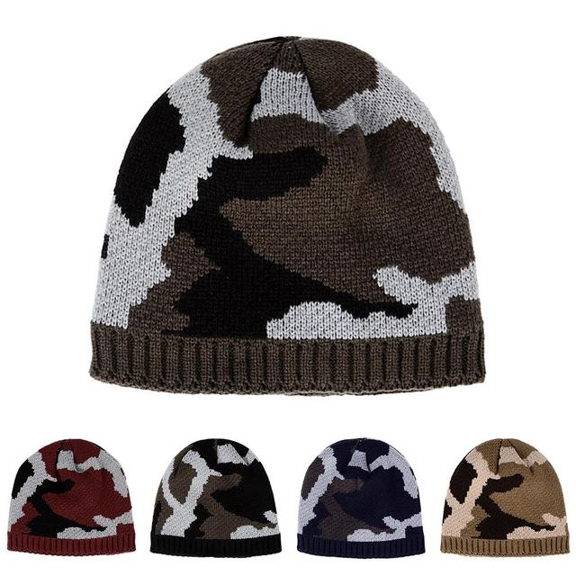 d1e46bef37c00 Thicken Fleece Lining Army Camouflage Hat For Men Hunting CS Winter Hat  Warm Beanies Knit Camo