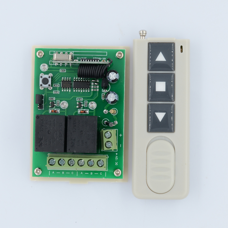 DC12V Motor Remote Controller Forwards Stop Reverse Up Stop Down remote control switch Momentary Toggle Latched Adjustable ac 220v motor wireless remote control switch up down stop tubular motor controller motor forward reverse tx rx latched