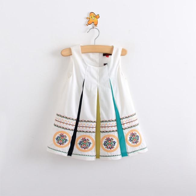 Embroidery baby clothes makaroka