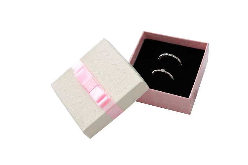 Blue Ring Box Pink Necklace Box with ribbon 100pcs/lot 6.3*6.3*2.3cm ring packaging box earring display case Jewelery Packaging