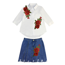 Women's new summer three-dimensional embroidered shirts red flowers Flash hole embroider bull-puncher skirt outfit недорго, оригинальная цена
