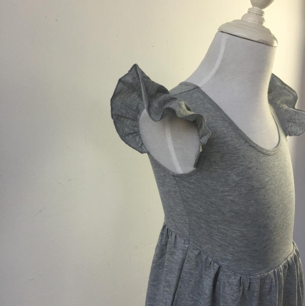 Neueste Design halbkreis flattern ärmel Baby rüschen Baumwolle ...