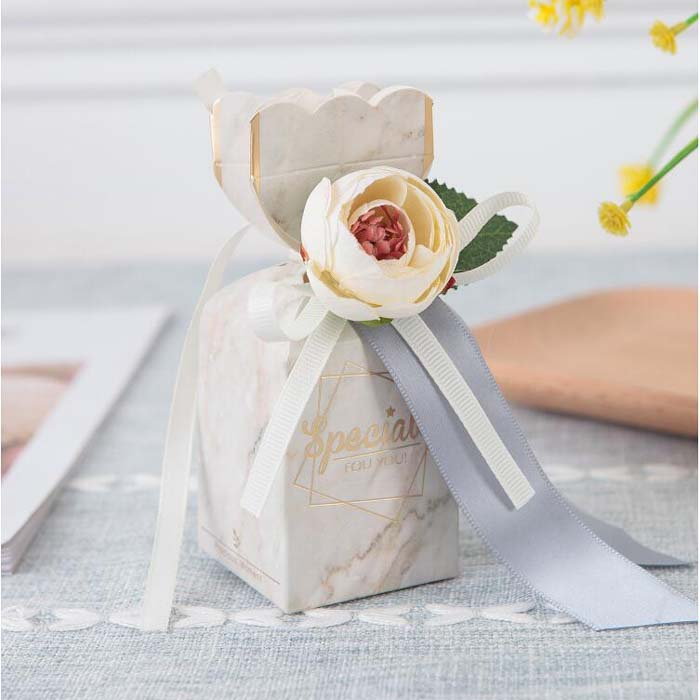 50pcs Vase Shape Candy Box wedding Gift Box chocolate boxes Baby Shower Favor Box with flower