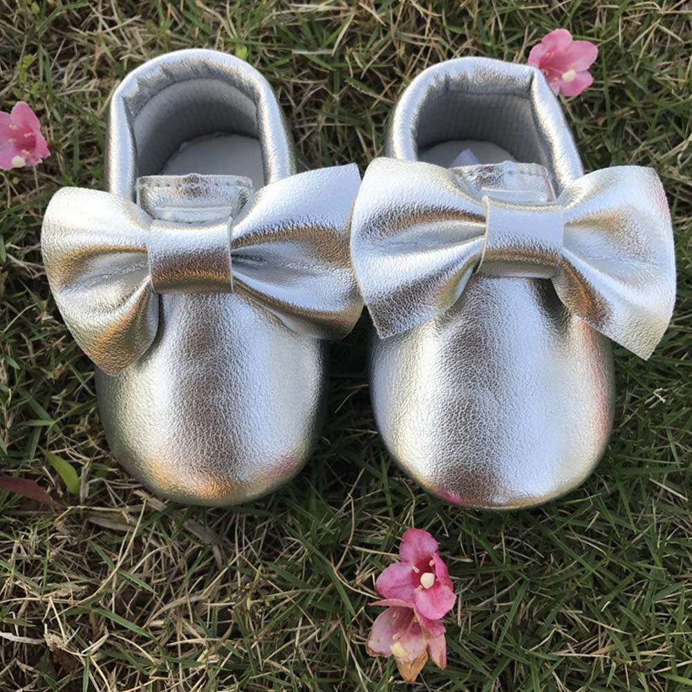 Nette Kinder Zu Fuß Turnschuhe Mädchen Leder Schuhe Bogen Knoten Weiche Sohle Krippe Schuhe Kinder Outdoor Sports Turnschuhe GläNzend