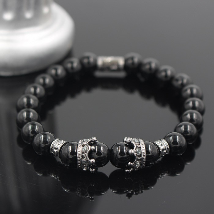 silver-imperial-crown-with-natural-glossy-stone-black-bracelet-1