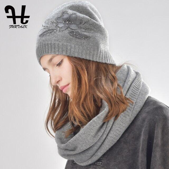 FURTALK femmes cachemire et de fourrure de lapin bonnet d hiver chapeau  infinity écharpe pour 22e06e97e31