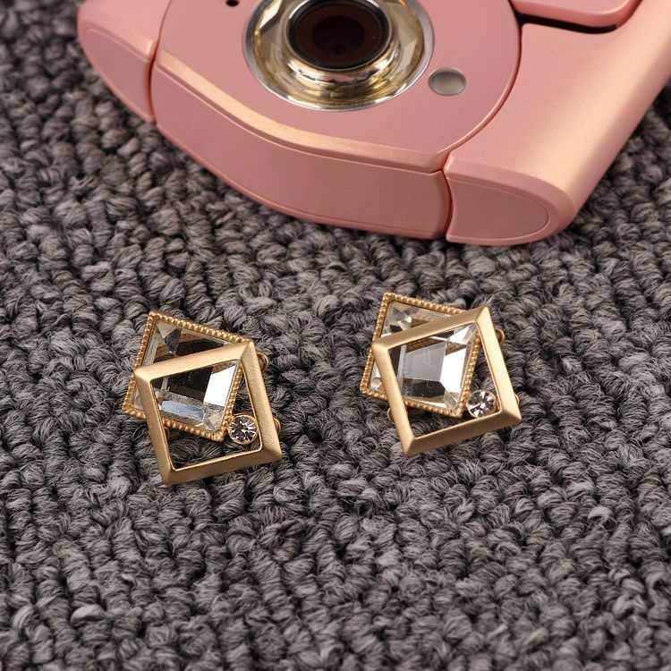 Joyería de moda pendientes de perlas de cristal para todo-fósforo cuadrado moda temperamento Sexy pendientes mujeres regalo al por mayor