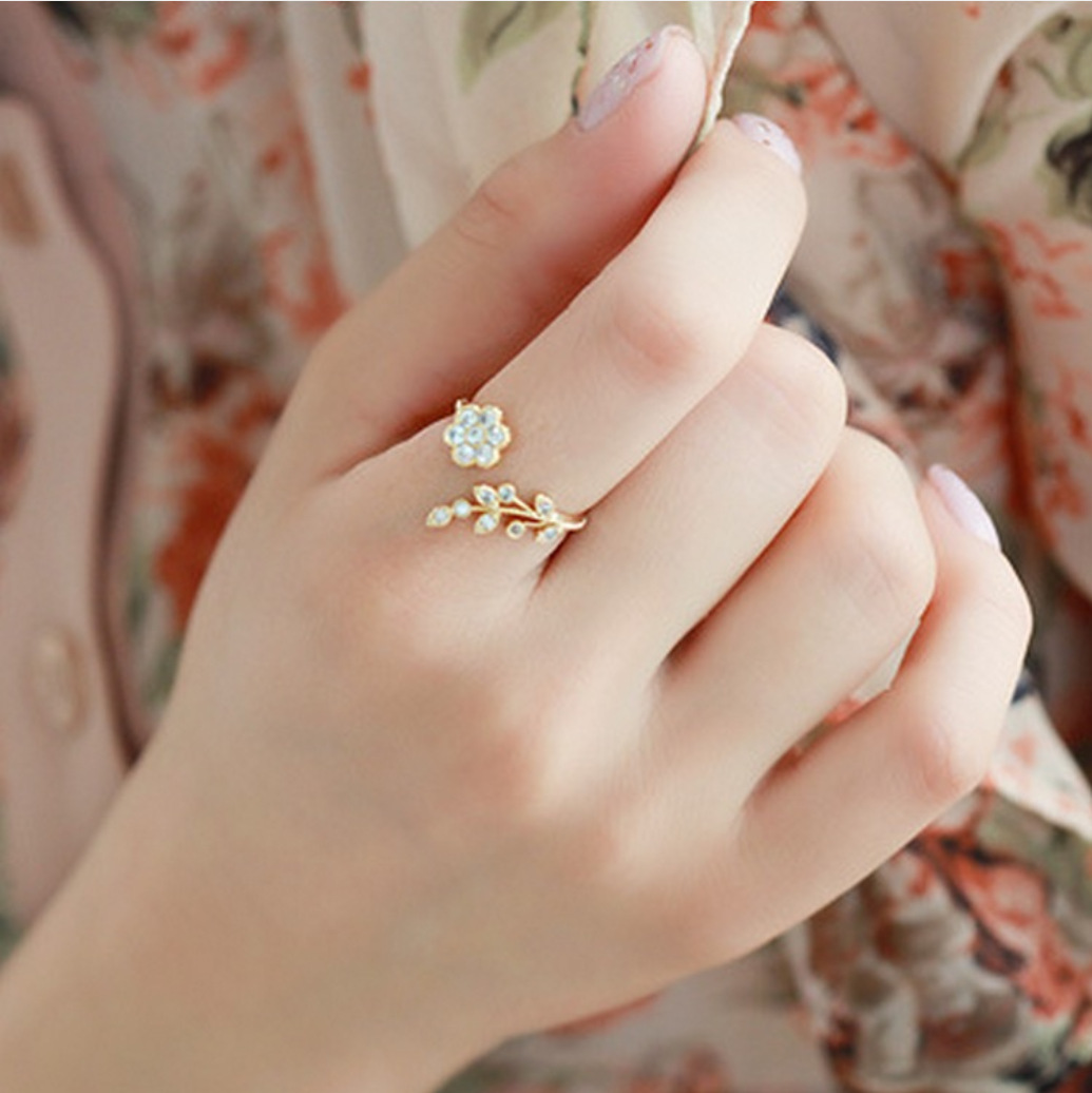 Lady Ring Flowers Leaves Punk Twisted Girls Sales Kids Open Crystal for Wishful Anel