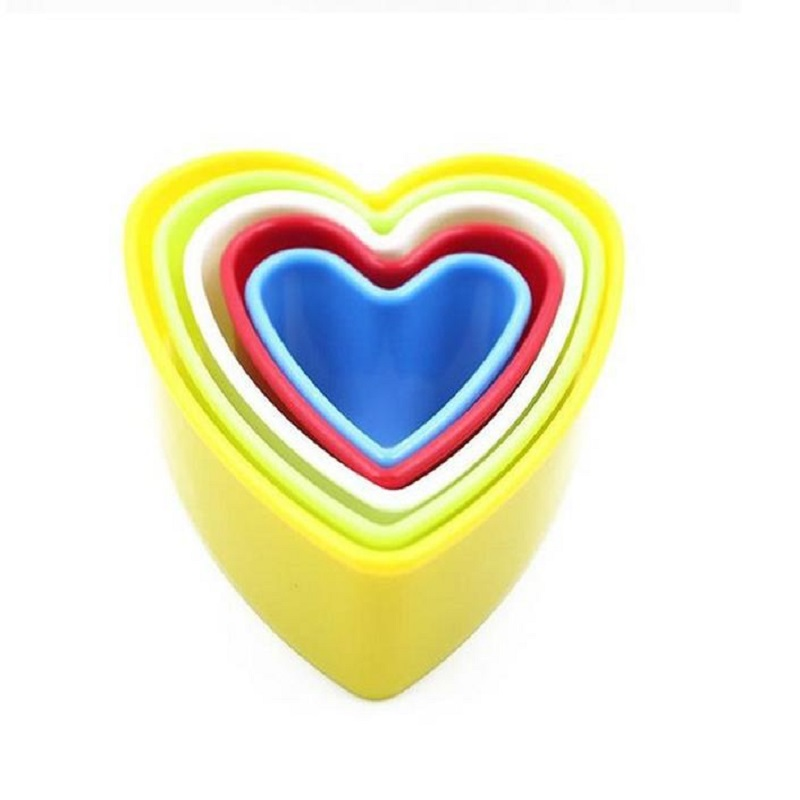 37 Pcs/Set Cookies Biscuit Cake Mold Star Tree Round Heart Flower Kitchen Utensils Holiday Supply Plastic Househould