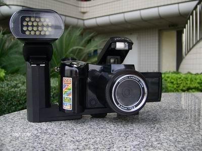 Hot selling-12MP digital camera 270 Degree Rotation DC600
