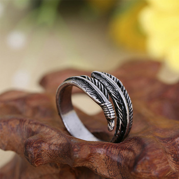 Adjustable Resizable Feathers Women rings 3