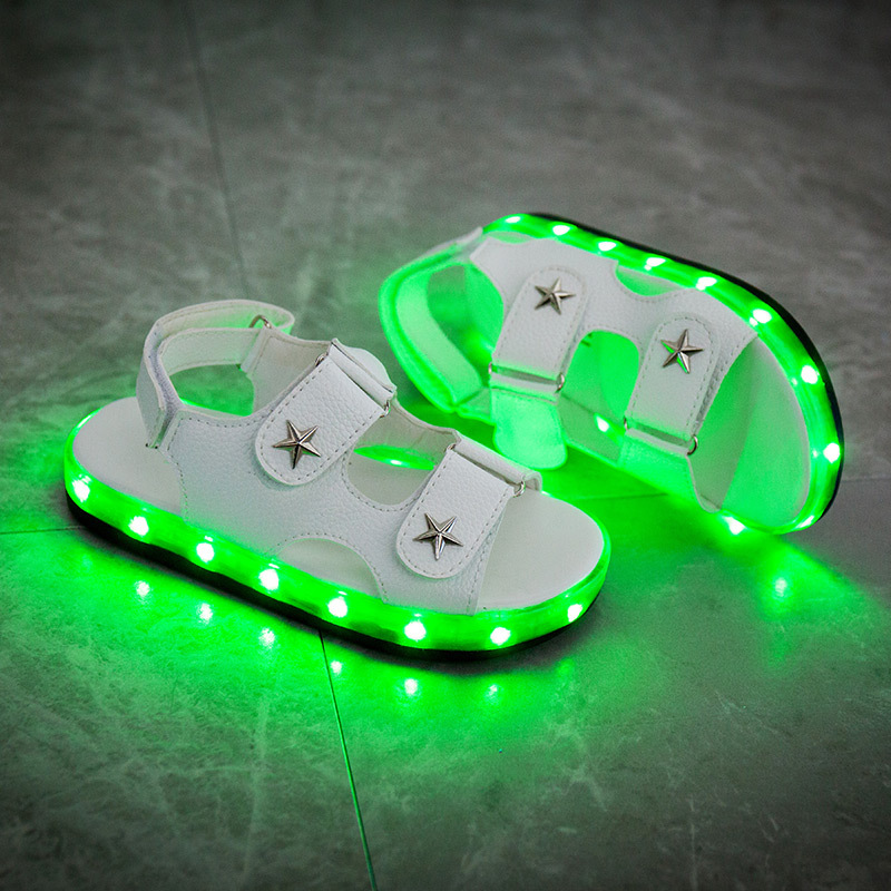 2018 Summer New LED Light Shoes Boys and Girls Childrens Sandals USB Charging Luminous Shoes