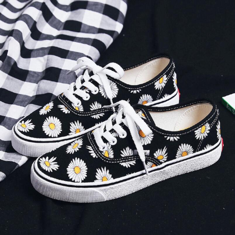 Mhysa 2019 Women Flats Lace Up Comfortable Ladies Canvas Vulcanized Shoes Female Fashion Printing Casual Platform Shoes T909
