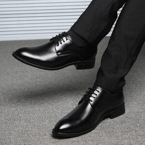 Image 5 - ROXDIA buty ślubne męskie skóra z mikrofibry formalne biznes szpiczasty nosek dla człowieka sukienka buty męskie oxford mieszkania RXM081 rozmiar 39 48