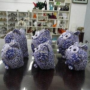Image 2 - Coruja estatuetas decoração mini animais ornamentos para casa acessórios de decoração de escritório artesanato decoração de arte 3pc presentes de casamento