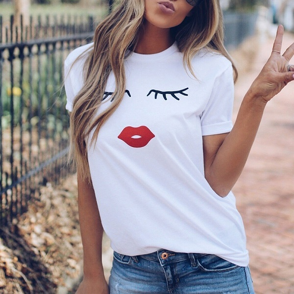 Cute Eye Lashes Red Lips...