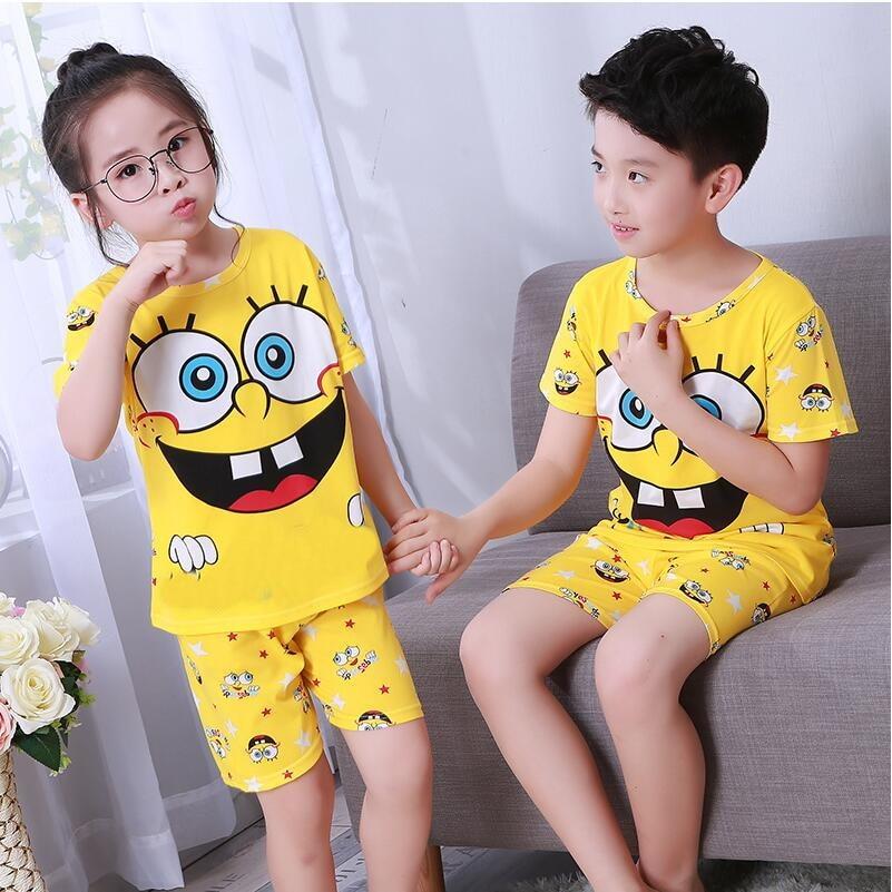 814dc8a113489 2018 ملابس الصيف قصير الأكمام تي شيرت + بانت مجموعة ملابس الأطفال منامة  أطفال تناسب الأولاد