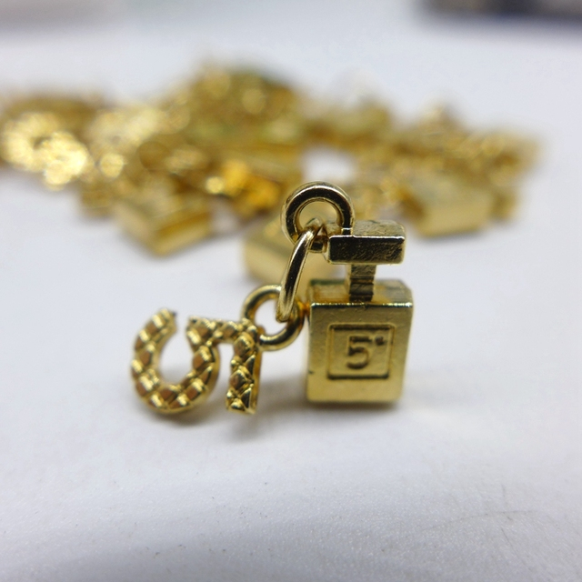 """12x6 MM Metal """"five"""" Botella de aroma para la decoración de la joyería DIY encantos teléfono caso deco"""