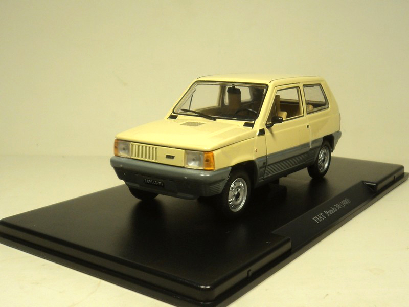 ФОТО Out of print Fine WhiteBox 1:24 FIAT panda30 1980 Alloy car model Collection model Holiday gifts