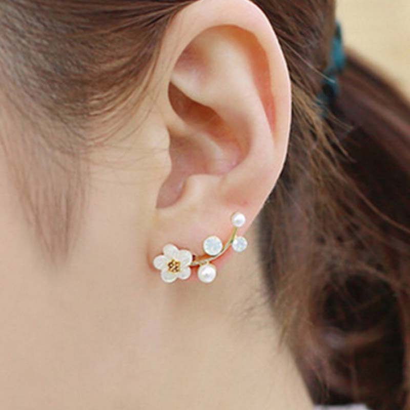 New Fashion Crystal Earrings for Women Pearl Women Branch Shell Pearl Flower Stud Earrings Female