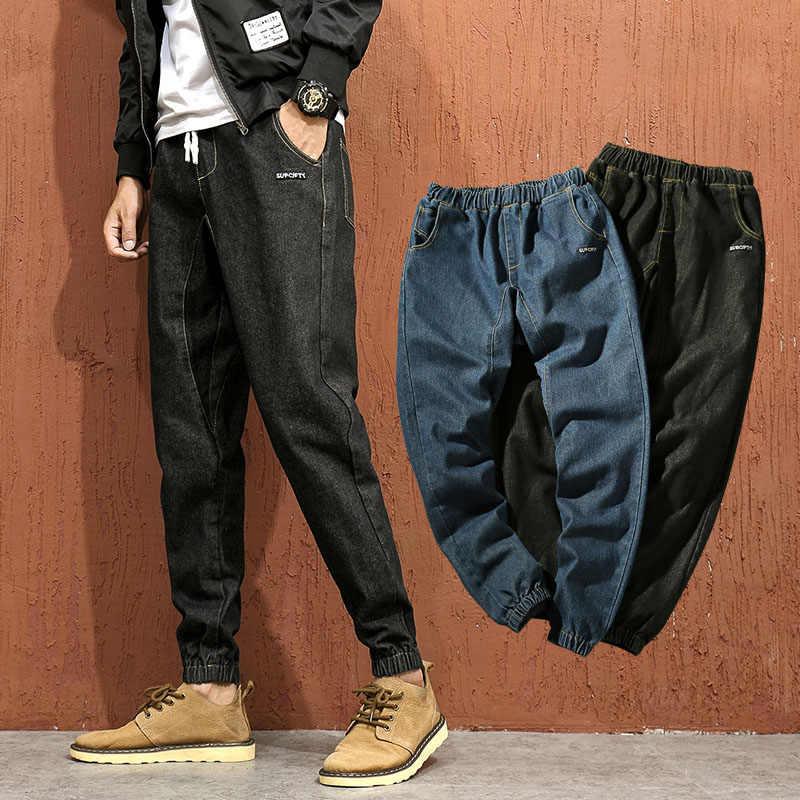 ファッションデザイナージーンズ男性ストレートダークブルー色プリントメンズカジュアルバイカーデニムジーンズ男性ストレッチズボンパンツ
