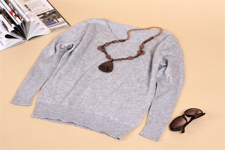 19 Spring autumn cashmere sweaters women fashion sexy v-neck sweater loose 100% wool sweater batwing sleeve plus size pullover 13