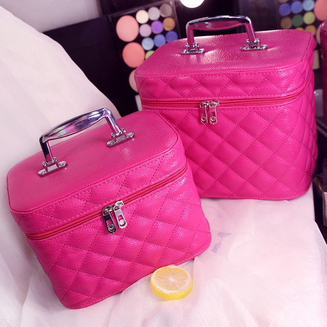 Korean style Fashion Geometric Zipper Cosmetic Bag Women Leather Makeup Bag Ladies Cosmetics Organizer New Trend 2017
