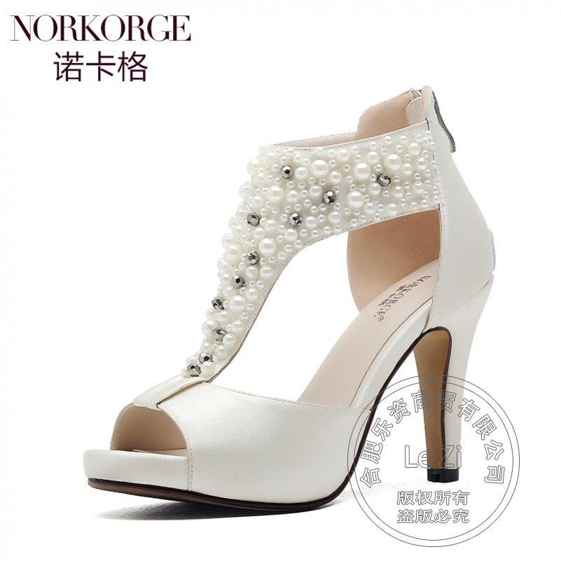 Beading Nude High Heels Leisure Back Zipper Designer Shoes T Strap Spike Heels Medium Heel Shoes