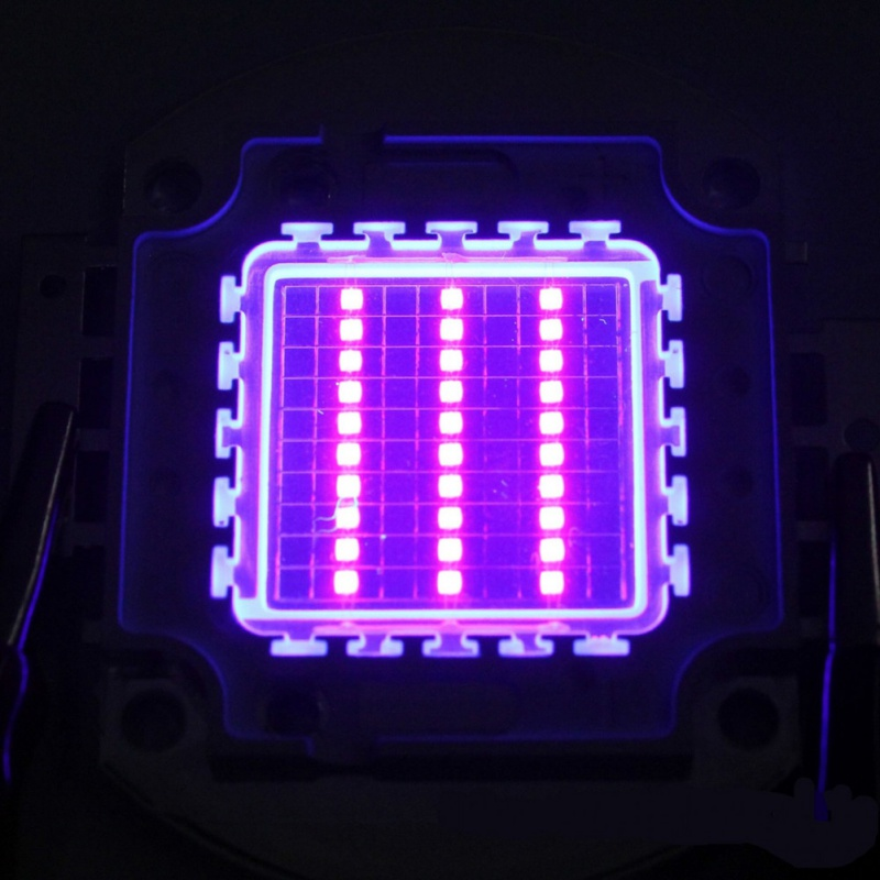 Test Geld High Power <font><b>Led</b></font> <font><b>Chip</b></font> 100 W Lila Uv UV 405nm/3000mA/DC 30 V-34 v/100 W) SMD <font><b>COB</b></font> Licht 100 W Lampe image