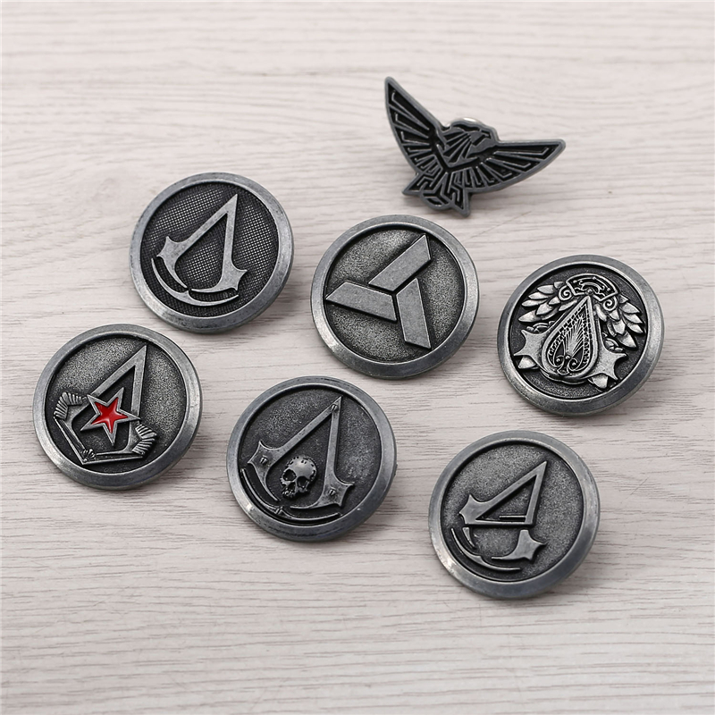 Men's Shirt Retro Badges pins Brooches for Gift