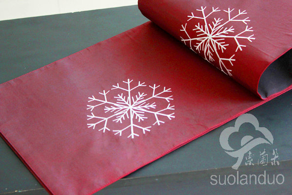 Clearance Sale Snowflake Embroidery Christmas Table Runner Table Decoration China Mainland