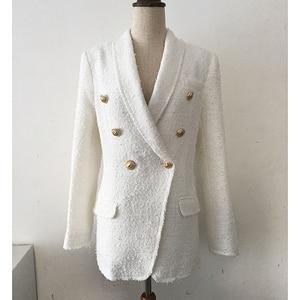 Image 2 - 높은 품질 최신 패션 2020 디자이너 블레 이저 여성의 목도리 칼라 더블 브레스트 라이온 버튼 술 트위드 자켓 오버 코트